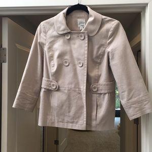 Cropped light coat!
